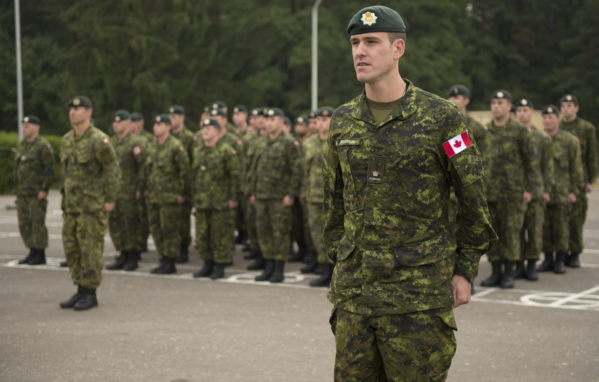 canadian_forces_soldier_military