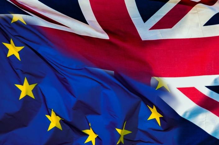 brexit_referendum_uk_eu_flags