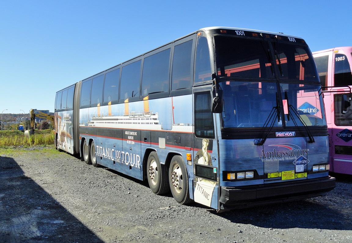canadian_titanic_bus_07