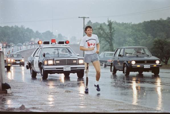 terry_fox_40th_moh_02