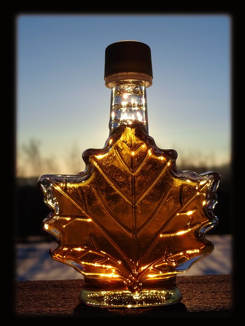 canadian_maple_syrup_bottle_sunset
