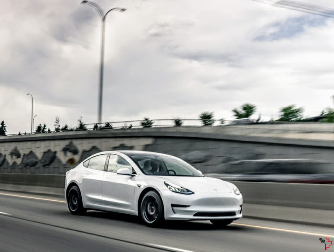 kbxtr04_bc_road_trip_tesla_model3_01